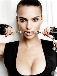 Gorgeous Emily Ratajkowski