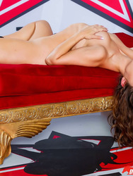 Sexy Cassidy Posing For U