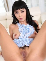 Sweet Asian Marica Hase