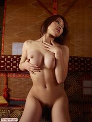 Busty Asian Naked Posind