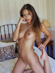 Amazing Beauty Teen Shows Her Skinny Body