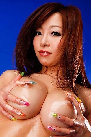 Kaori Hot Busty Japanese Babe