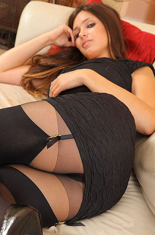 Delightful Babe In Stockings