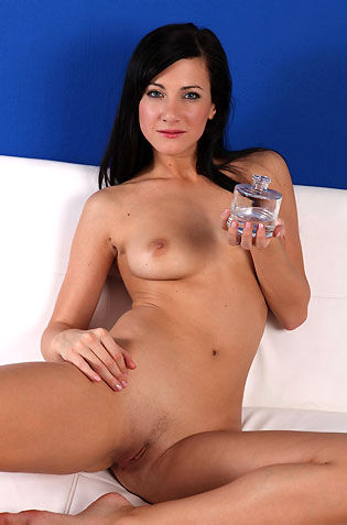 Oiled Lauren