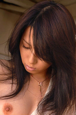 Sae Mizuki Beautiful Japanese Glam Model