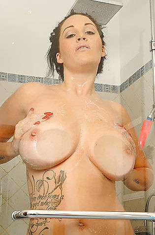 Girl In The Bathroom Playing Her Big Juicy Tits