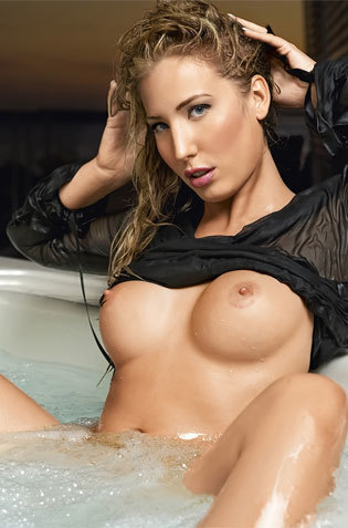 Kinky Blondie In Tub Showing Topless