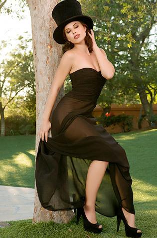 Aidra Fox Elegant Babe