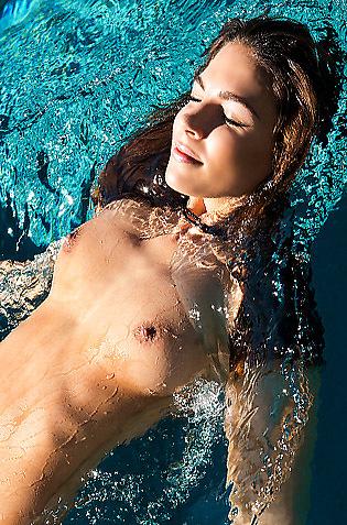 Gorgeous Playmate Hottie Jessica Ashley