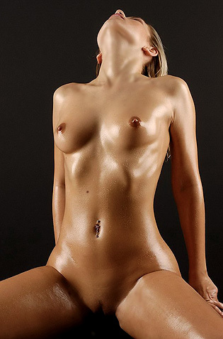 Oiled Jenni In The Studio