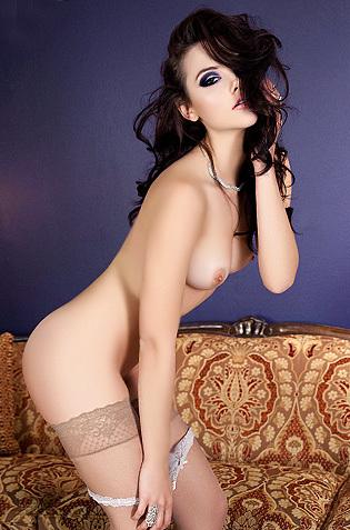 Bella Iana Little