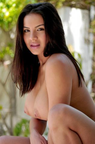 Lacey Banghard Striptease