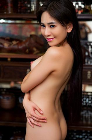 Playboy Babe Wu Muxi
