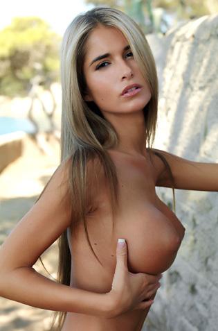 Nude Teen Nessa