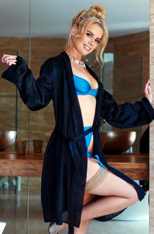 Hot Blonde Alana Wolfe