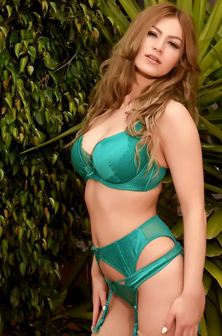 Summer In Sexy Green Lingerie