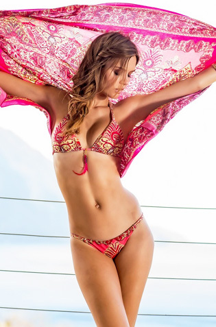 Josephine Skriver Showing Off Her Hot Bikini Body