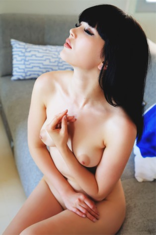 Stunning Asian babe Malena