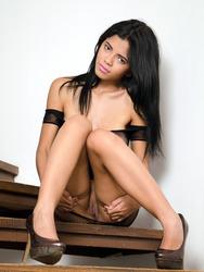 Colombian Beauty Lea
